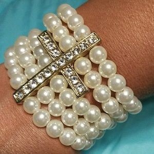 Jewelry - Beaded Cross Bracelet